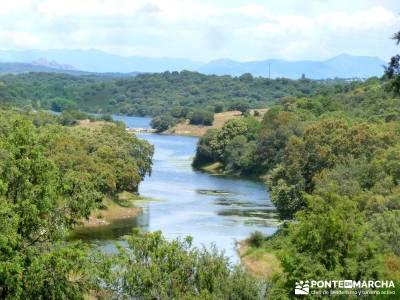 Embalse Pedrezuela; sierra de guadarrama rutas senderismo; rutas por la sierra; excursiones senderis
